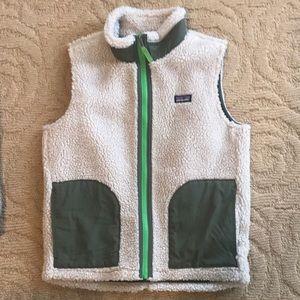 Boys Patagonia retro vest, tan & green